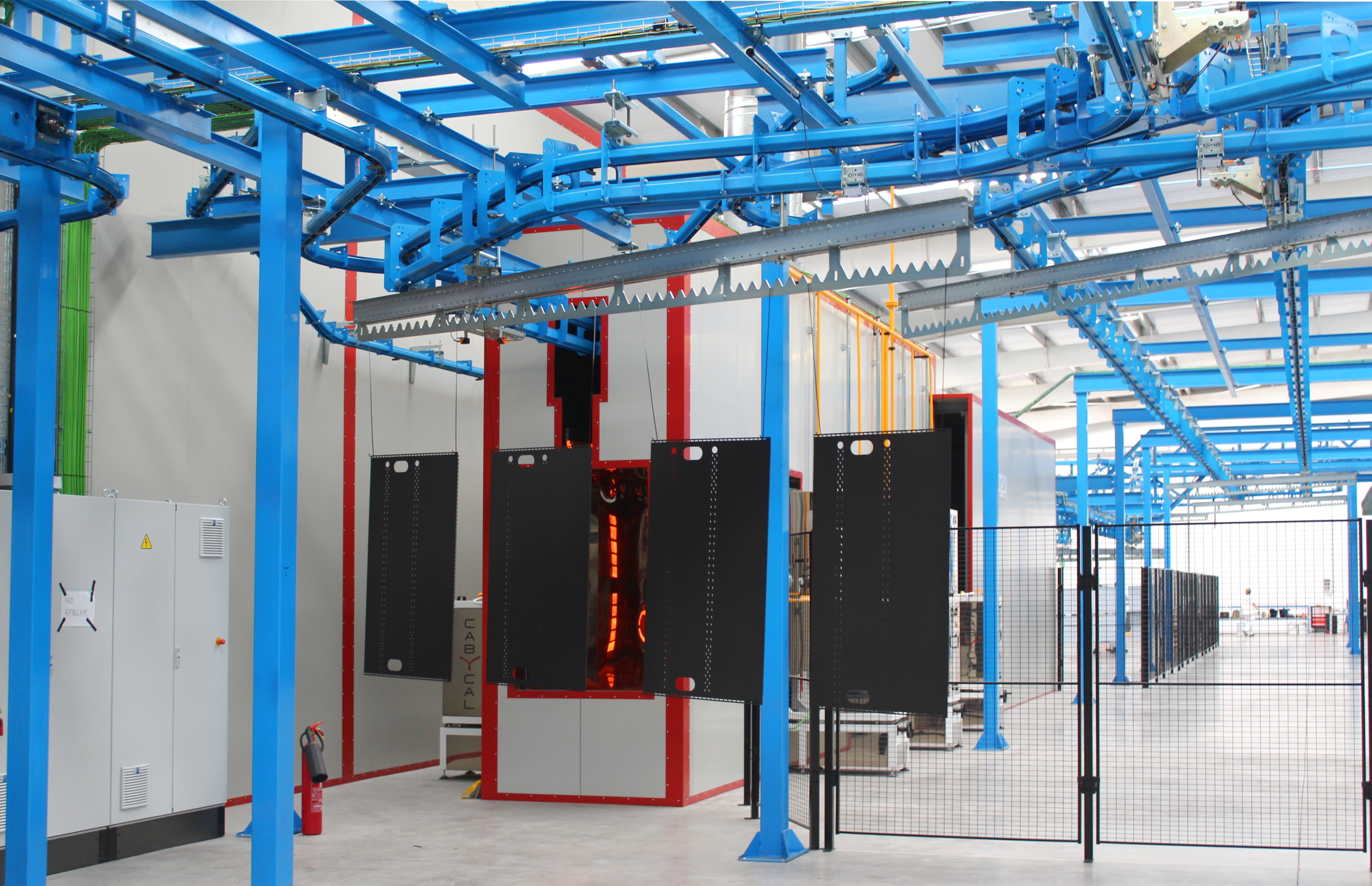 Nuova linea di verniciatura automatica e connessa per mobili frigoriferi destinati alla grande distribuzione organizzata