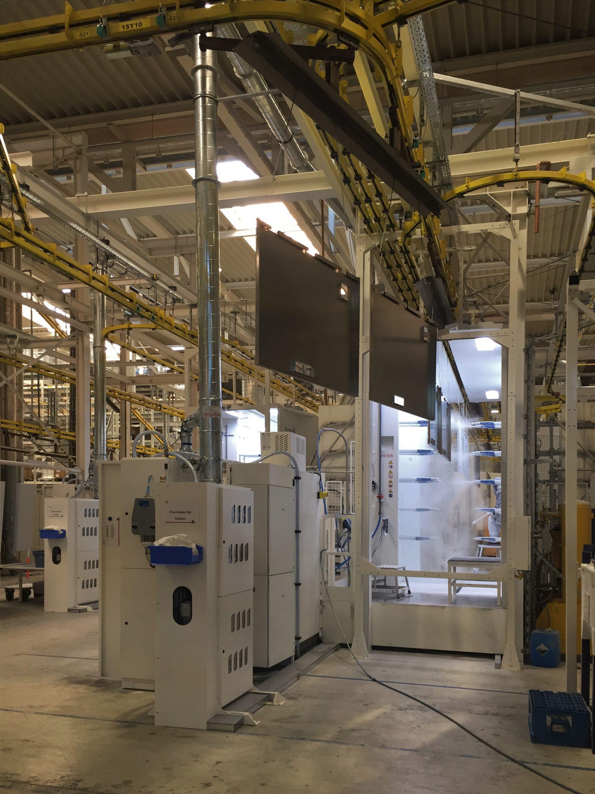Armadi elettrici Rittal, uno sguardo alla produzione