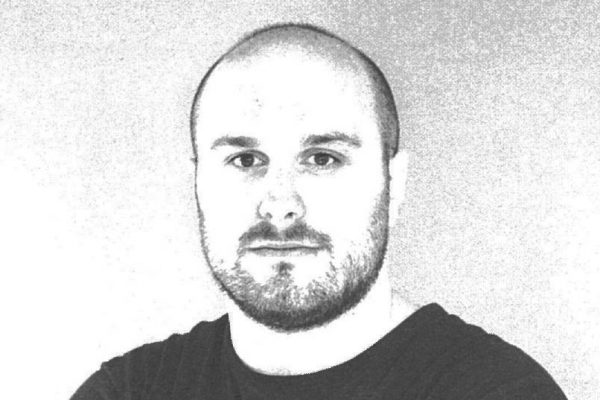 Ander Lizaso, designer emergente basco che ha disegnato la collezione Bai
