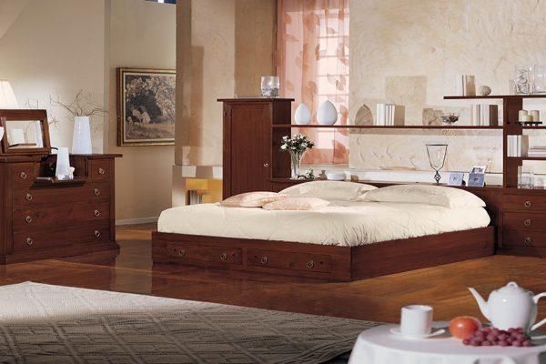 Esempi di boiserie e camera da letto completa, la cui introduzione per completare l'offerta è avvenuta nel 2015.