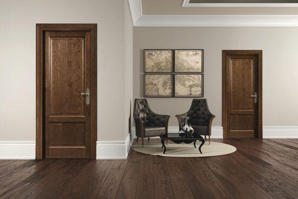 Esempi di porte della collezione Classic Romagnoli che rappresenta il gusto della tradizione ed è caratterizzata dall'uso del legno massello prevalentemente nell'essenza noce e di colori delicati come l'avorio