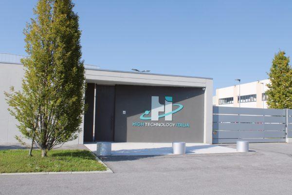Lo stabilimento di HT-Italia situato a Cherasco, in provincia di Cuneo