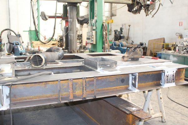 Uno skid, un basamento dove vengono posizionati valvole e apparati necessari alla distribuzione dei liquidi nell'ambito dell'impiantistica oil & gas.