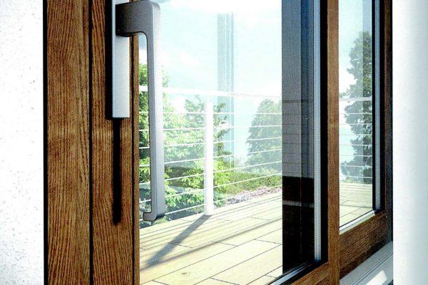 Due modelli di finestra progettata e prodotta su misura