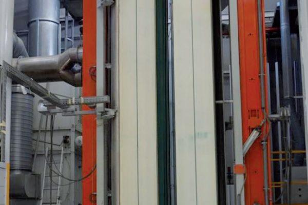 Particolari della cabina spruzzatura polveri
