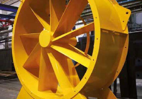 Gli impianti statici di verniciatura a polvere manuale sono necessari per trattare strutture metalliche di qualsiasi dimensione e peso.