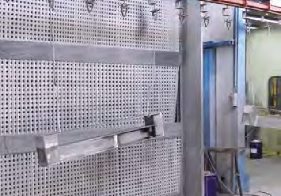 Con le innovative vernici all'acqua protettive e decorative non è più necessaria l'applicazione del primer anticorrosivo.