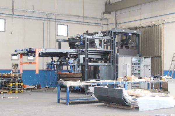 Un macchinario ingegnerizzato, prodotto e verniciato conto terzi dall'azienda veneta
