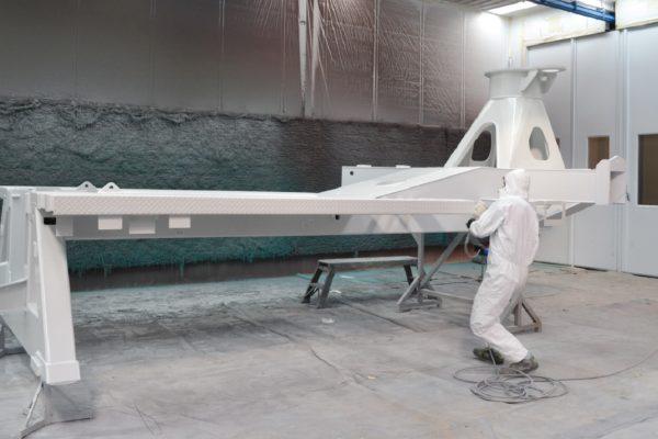 Uno dei 4 impianti di verniciatura a liquido di cui dispone la Lanzi.
